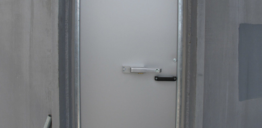 Flood-resistant doors